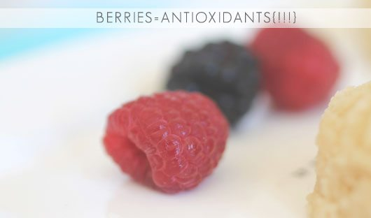 berries for 100 calorie lemon berry crumble