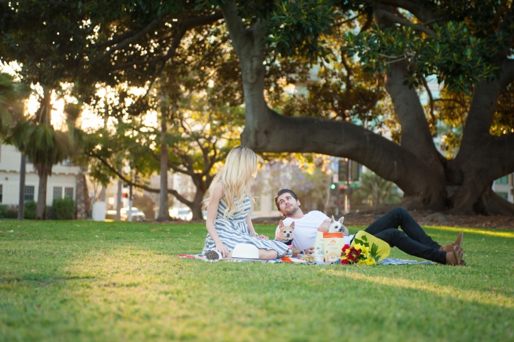 The Skinny Confidential goes on a picnic.
