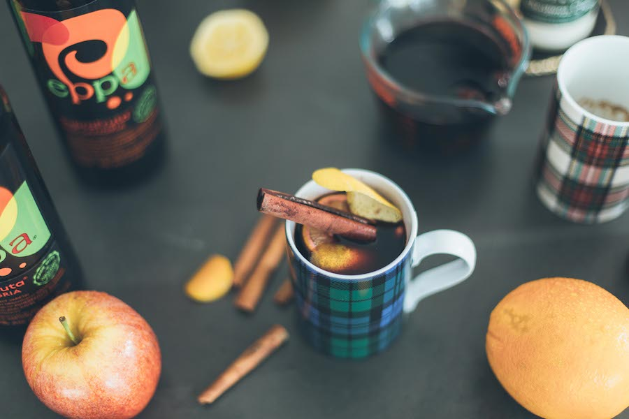 getting-festive-sangria-mulled-wine-1-by-the-skinny-confidential