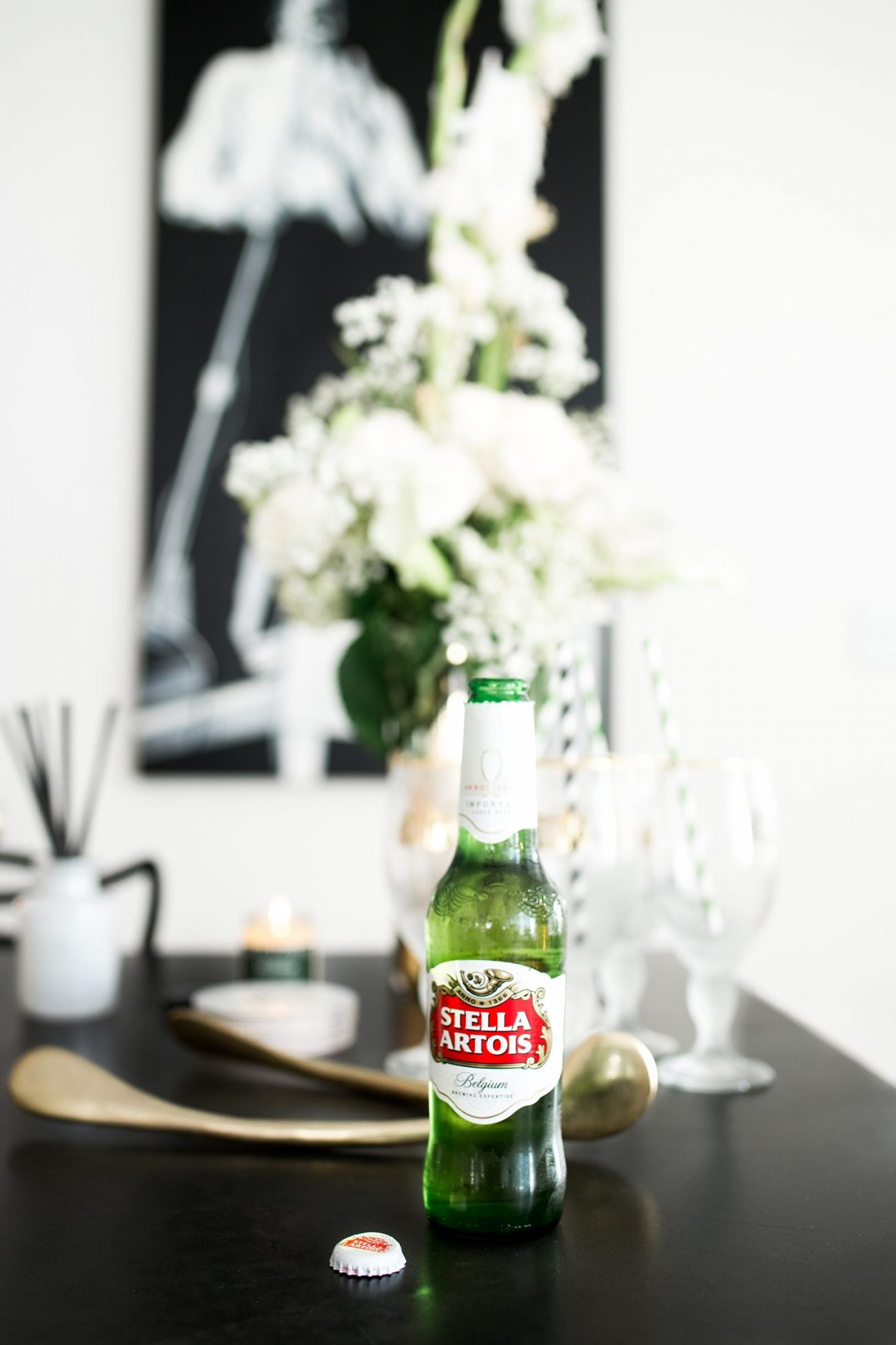 stella artois holiday party | by the skinny confidential